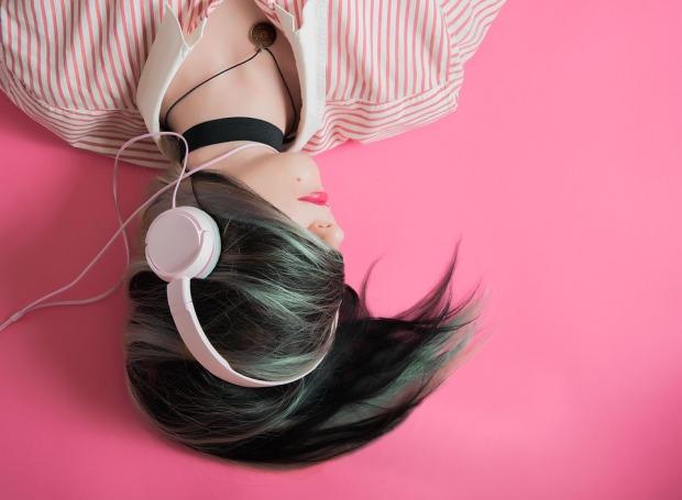 girl-1990347_960_720.jpg